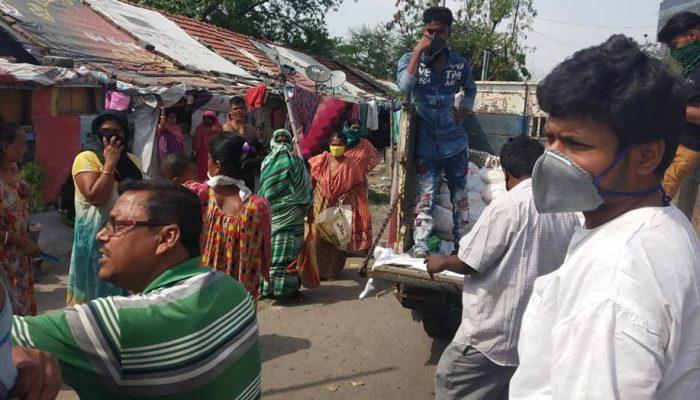 distributing essentials (2)
